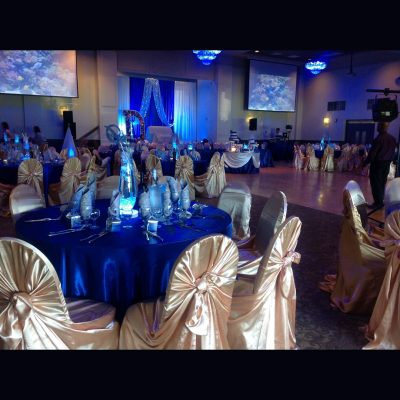 blue and gold table setiings